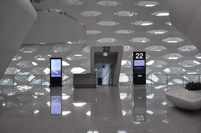工装装修的新时代,氟碳铝单板装出震撼的美