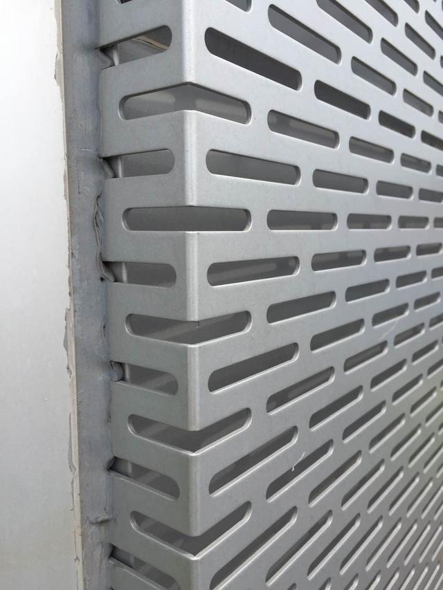 面对庞大的市场需求,铝单板厂家应该从几个方面去满足
