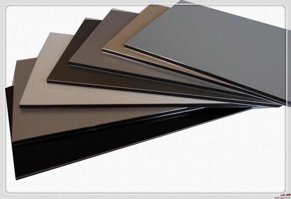 加工制造的过程中铝单板与铝塑板两者之间有什么区别?
