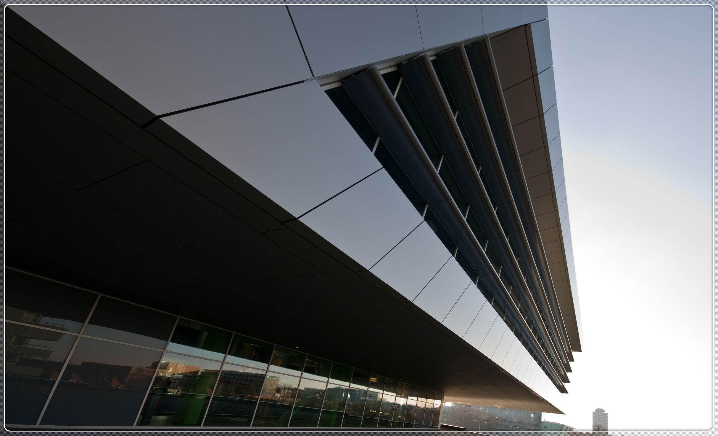 对氟碳铝单幕墙施工质量问题的分析