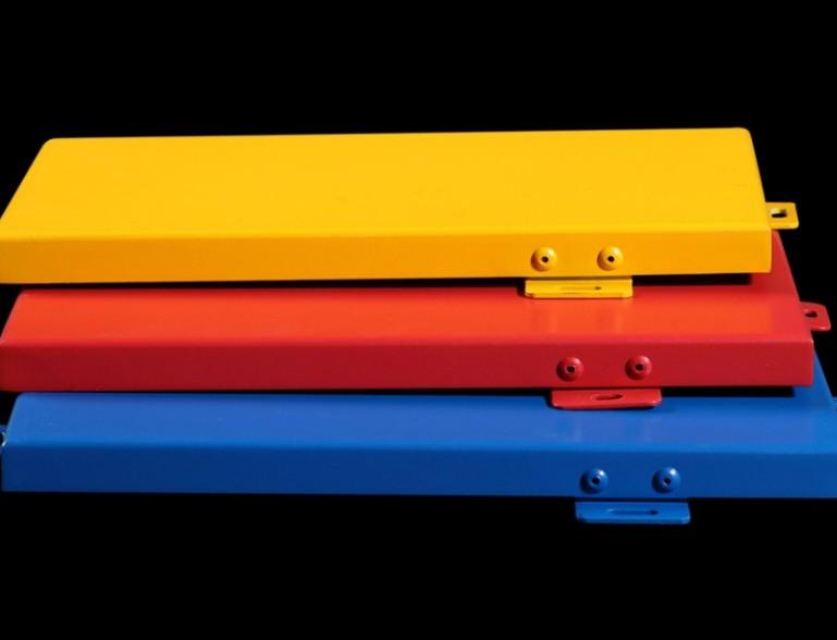 铝单板幕墙的氟碳PVDF和粉末涂料有什么区别?