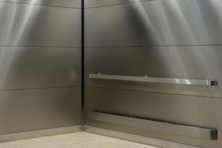 氟碳铝单板与铝塑板都有哪些共同优势相比起来怎么样