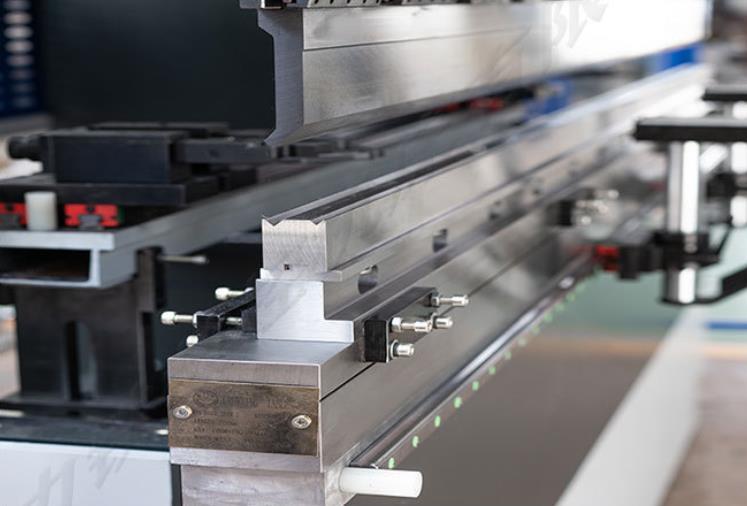 这5点教会你怎么选择高质量的氟碳铝单板