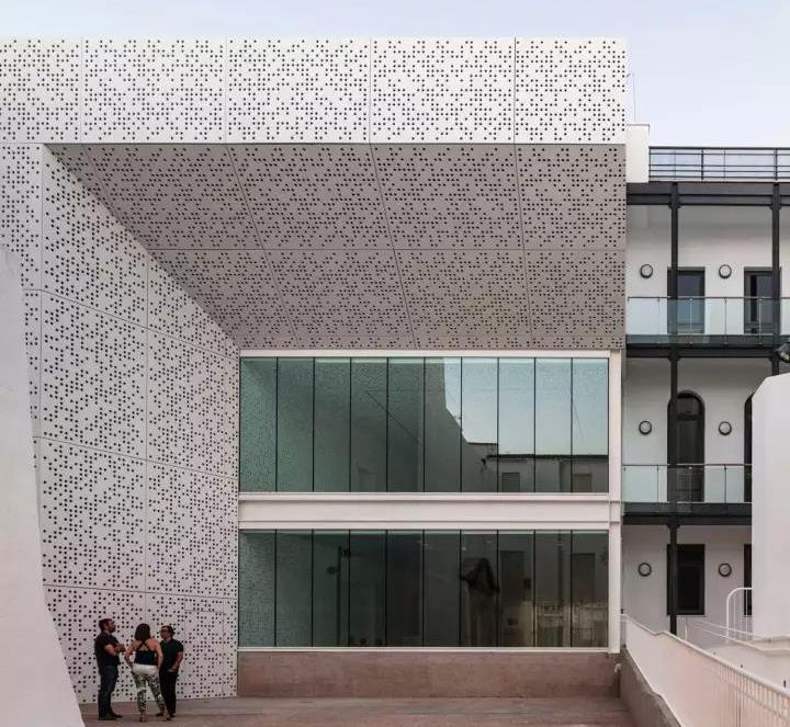 昆明铝单板厂家3mm铝单板幕墙每平方多少钱?