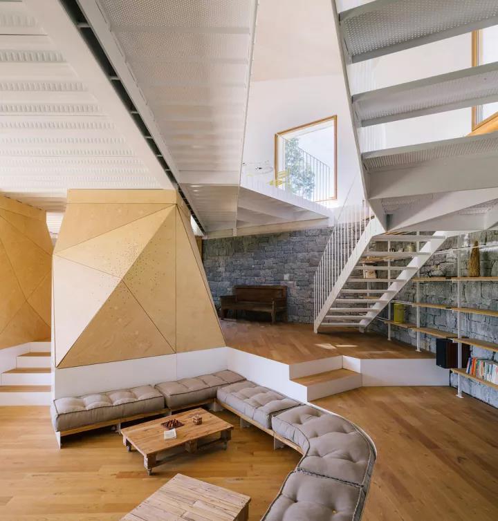 悬空菱形铝单板遮阳幕墙施工方法(三)