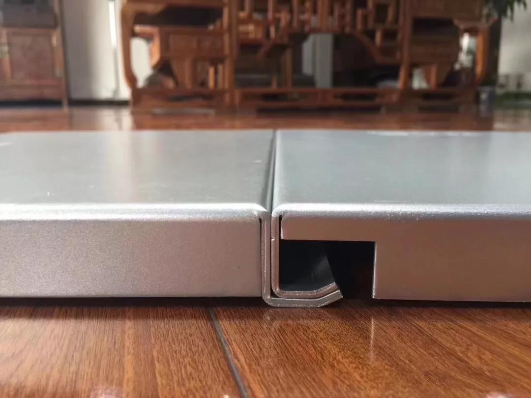 昆明铝单板价格存在很多争议,但是也不能只看铝单板价格